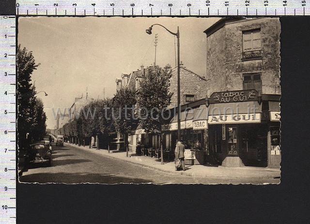 France Cartoline postali Europee  European Postcards  ~ Commissariat De Montreuil Sous Bois