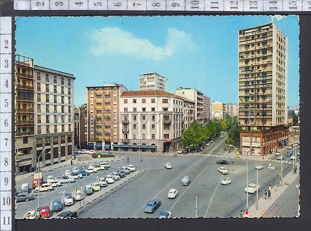 Provincia di milano cartoline postali for Arredare milano piazza iv novembre